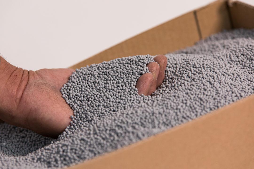 Microbilles de polystyrene graphité